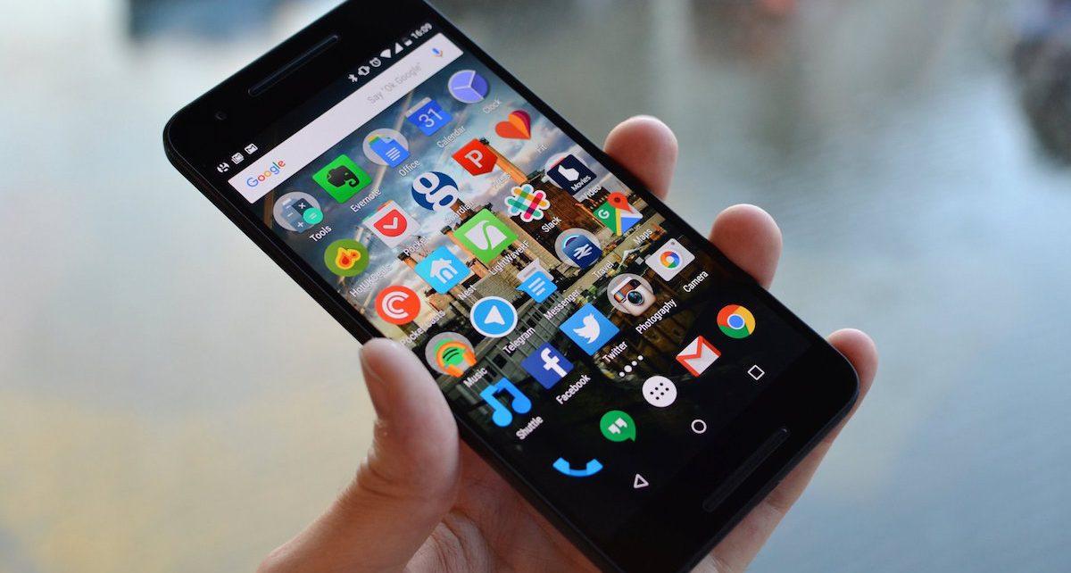 mobitel u ruci